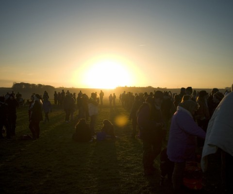revellers-gather-they-enjoy-sunrise-during-winter-solstice-stonehenge