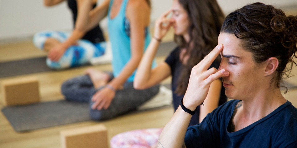 Nadi Shodhana_yoga_teacher_training_CBD-HorsleyPark_Class