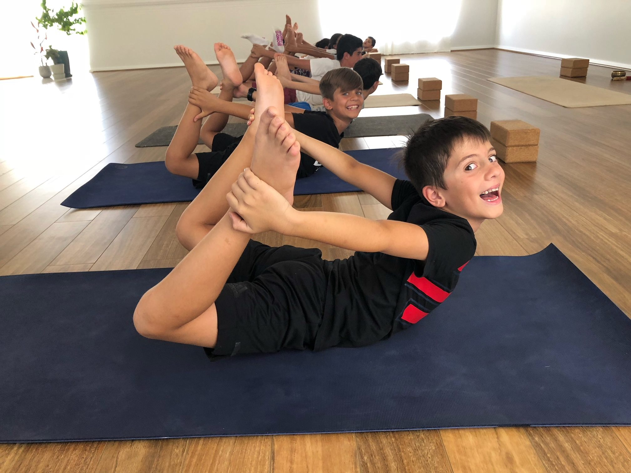 kids_yoga_meditation_art_workshop